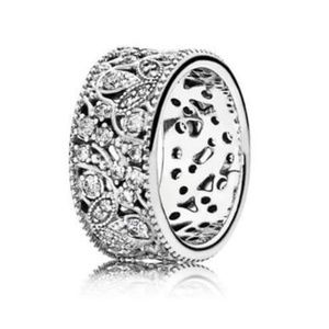 Pandora Authentic Shimmering leaves Ring